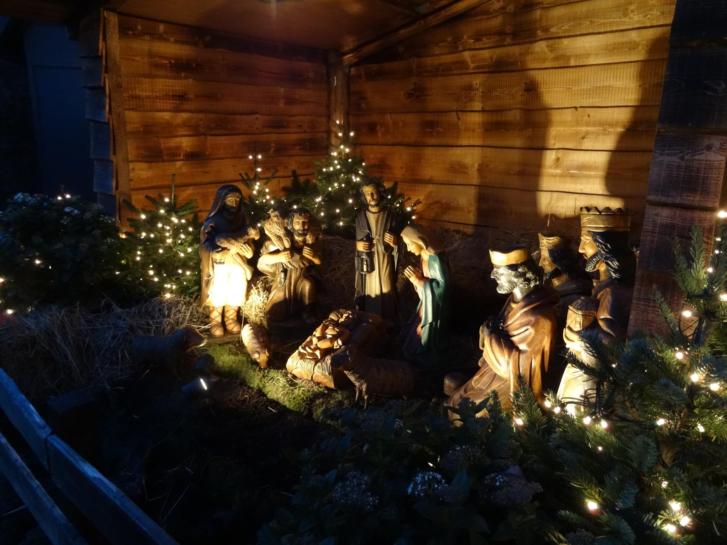 28.Nov.2015 : Weihnachtsfest : Geburt Jesus wir gefeiert