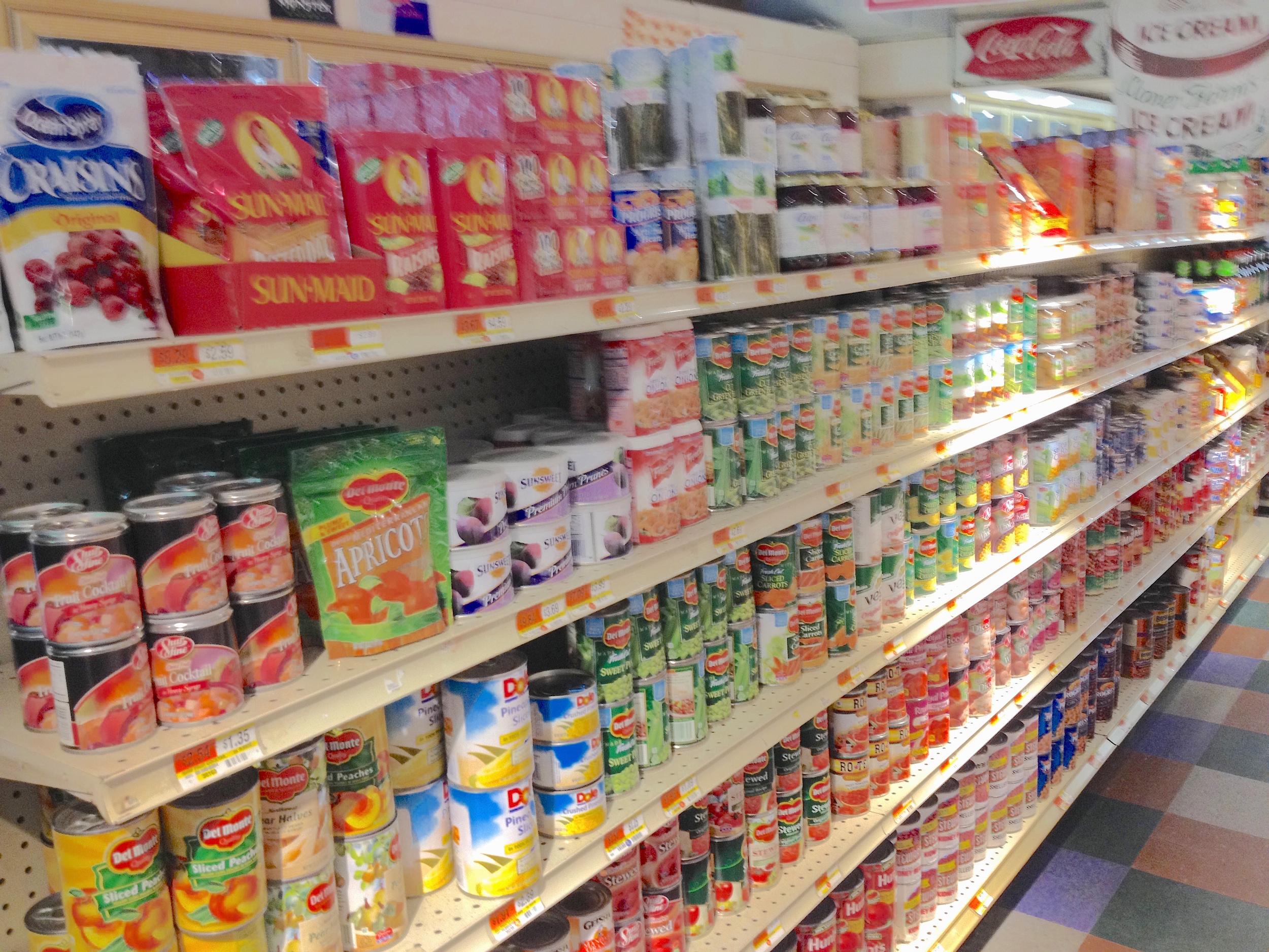 wardsboro_country_store_groceries.jpg