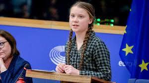 EU環境会議で発表するグレタちゃん