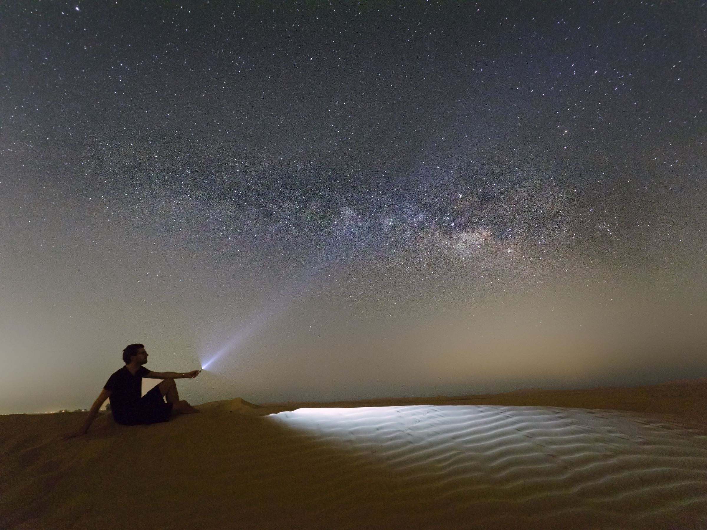 Dunes & Milky Way