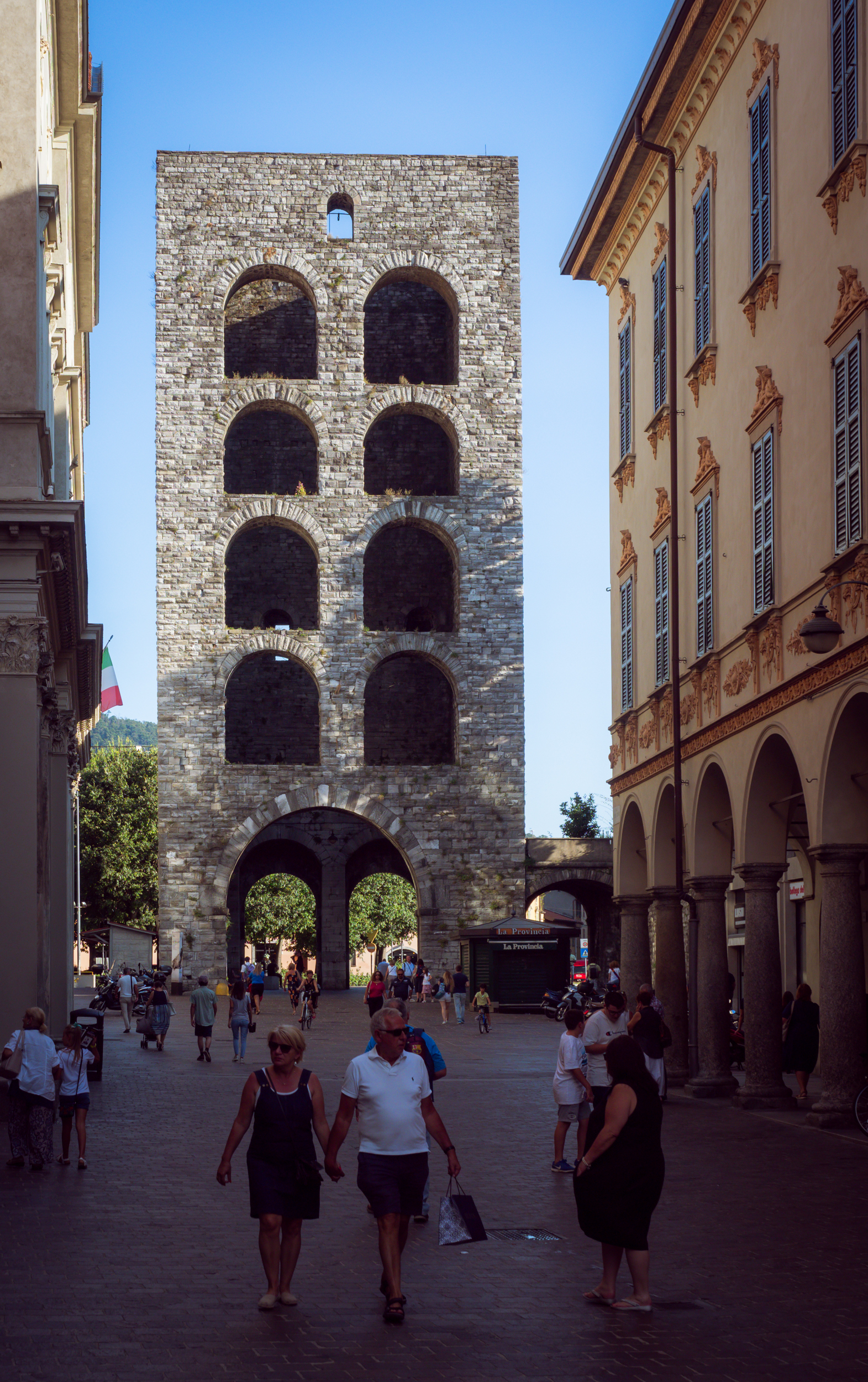 The Como Gate Tower