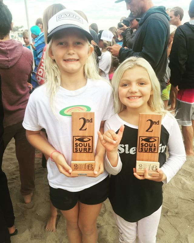 Congratulations to two of our youngest @crooks_surf_essentials team riders Catalina Downer and Ella Moss! 8 year old Catalina placed 2nd in the U10 division and 7 year old Ella placed 2nd in the U8 division at the Soul Surf Contest in Huntington Beach! Great job girls! We are so proud of you! 👍😎🏄☝️ @downer111 @ellamosssc  #surfing #surfer #surf #surfteam #crookssurfessentials #kid #contest #compete #proud #surfcoach #surflessons