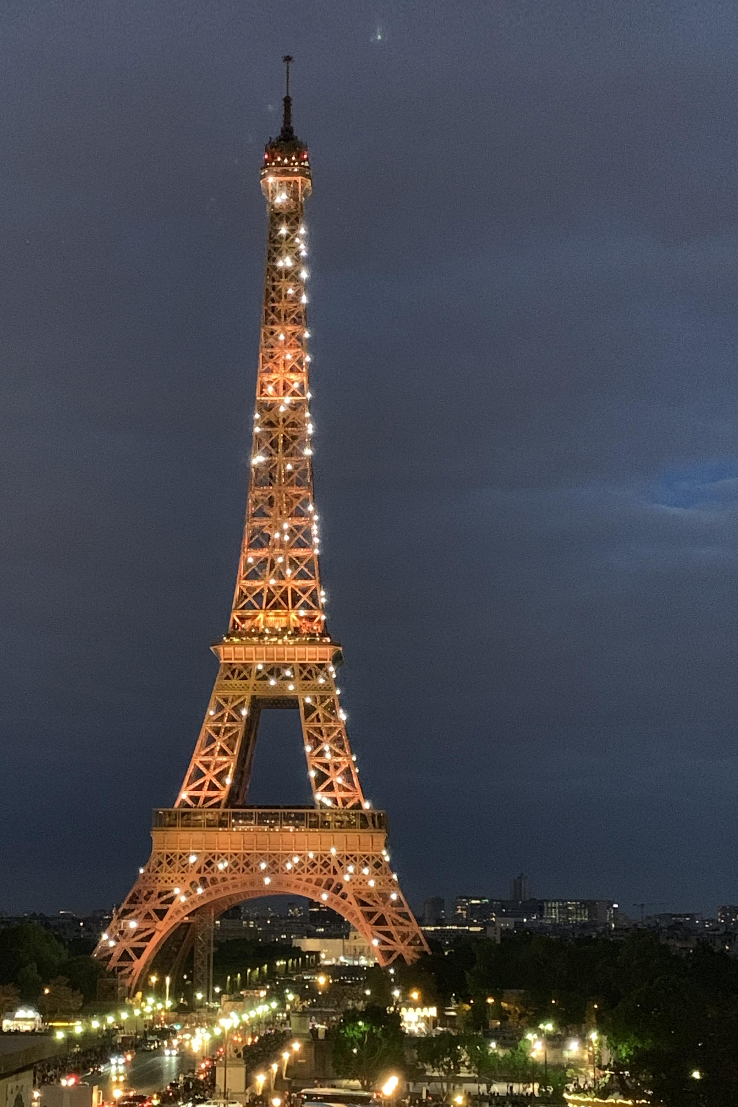 eifel_tower_1.jpg