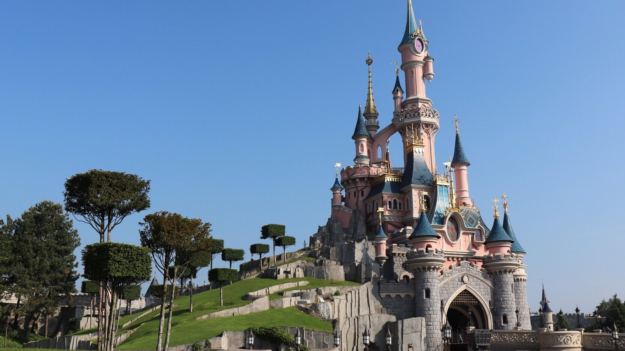 A view of the castle in Disneyland Park.