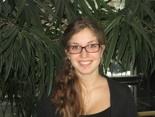 Leah Modlin,  Bénévole, 2012-13
