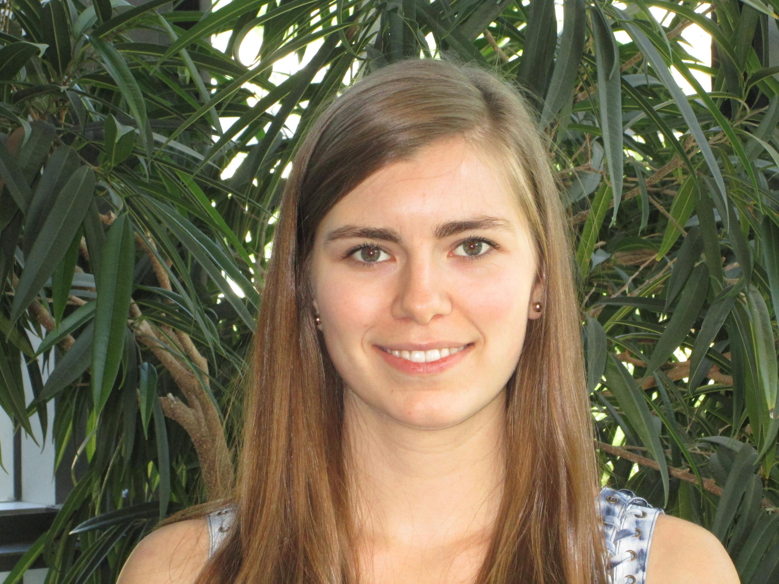 Laura Emily Evans , Bénévole, 2013  2016- Maîtrise en Orthophonie, McGill