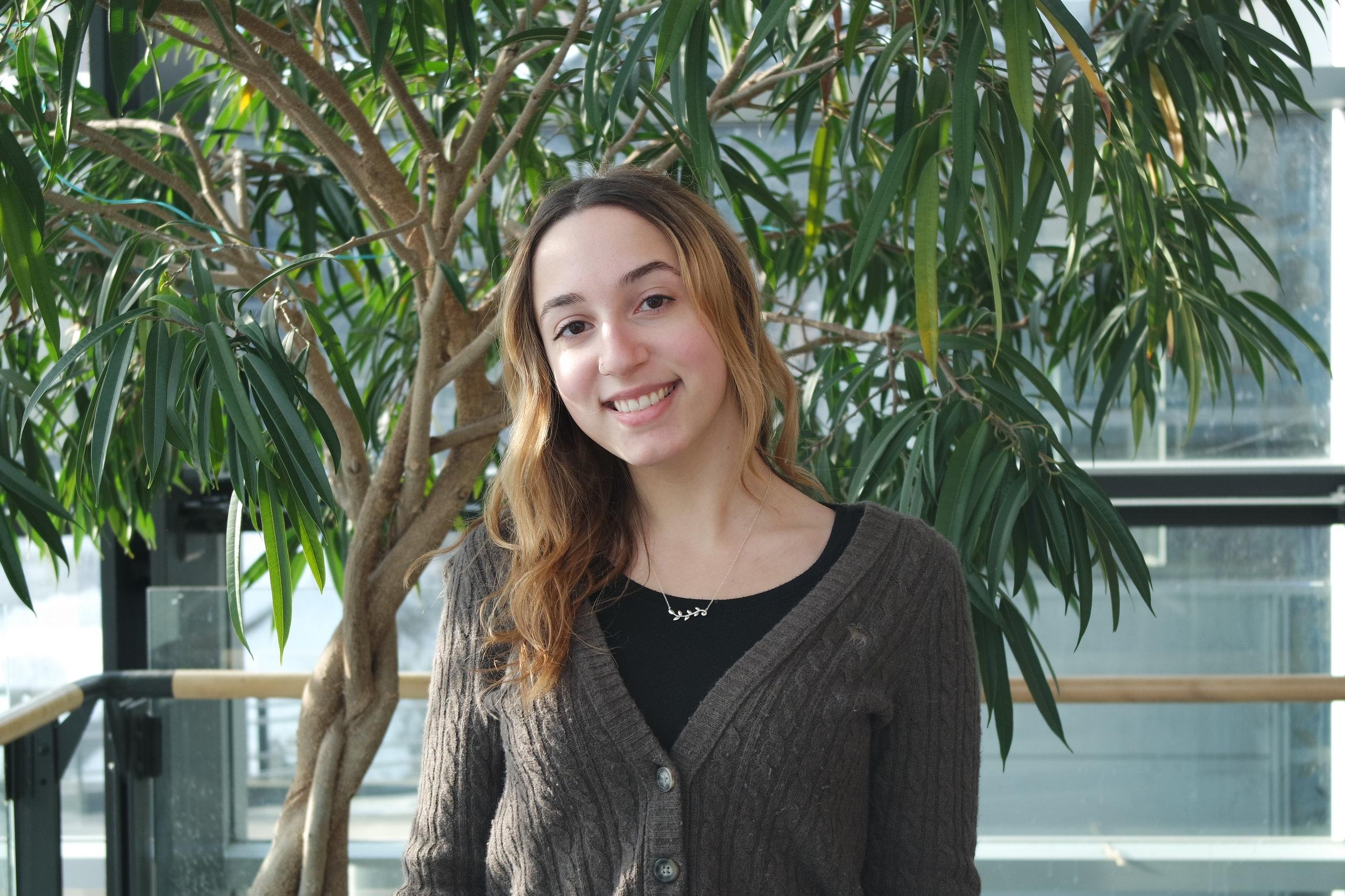 Emily Burdman   Bénévole, 2018-2019