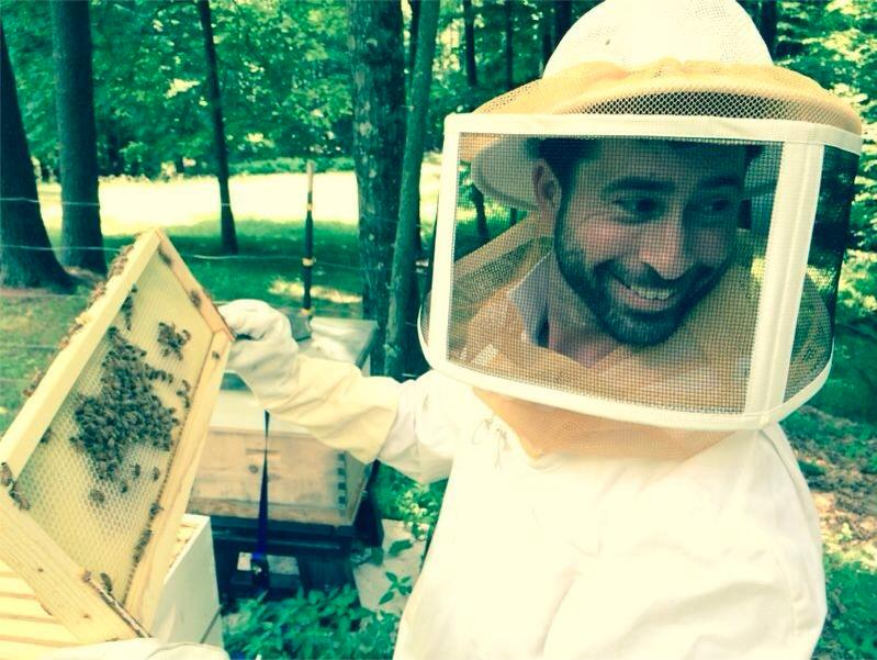 guillaume_beekeeper.jpg