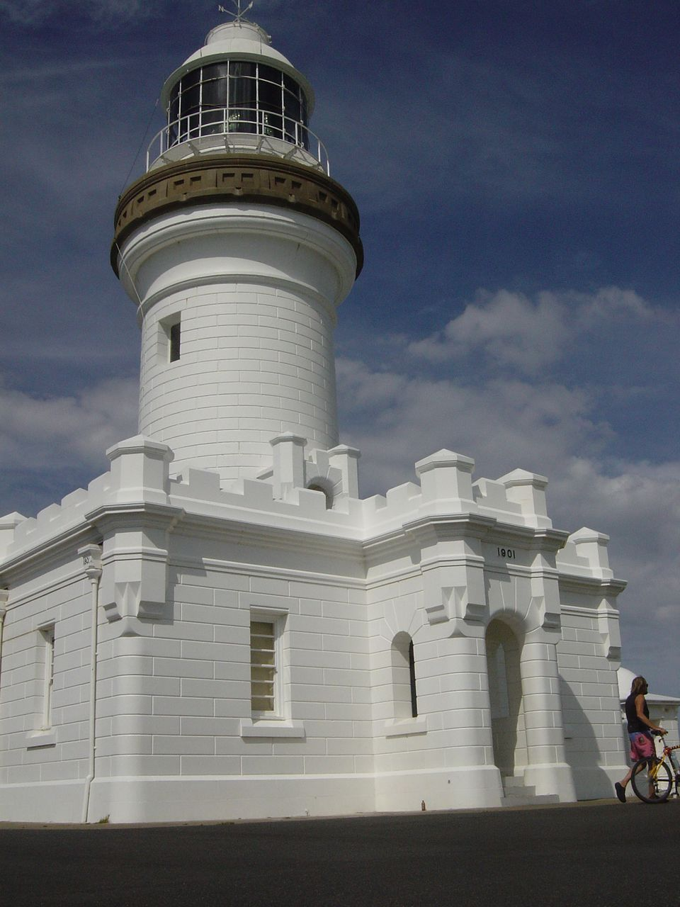 Byron Bay, 2004