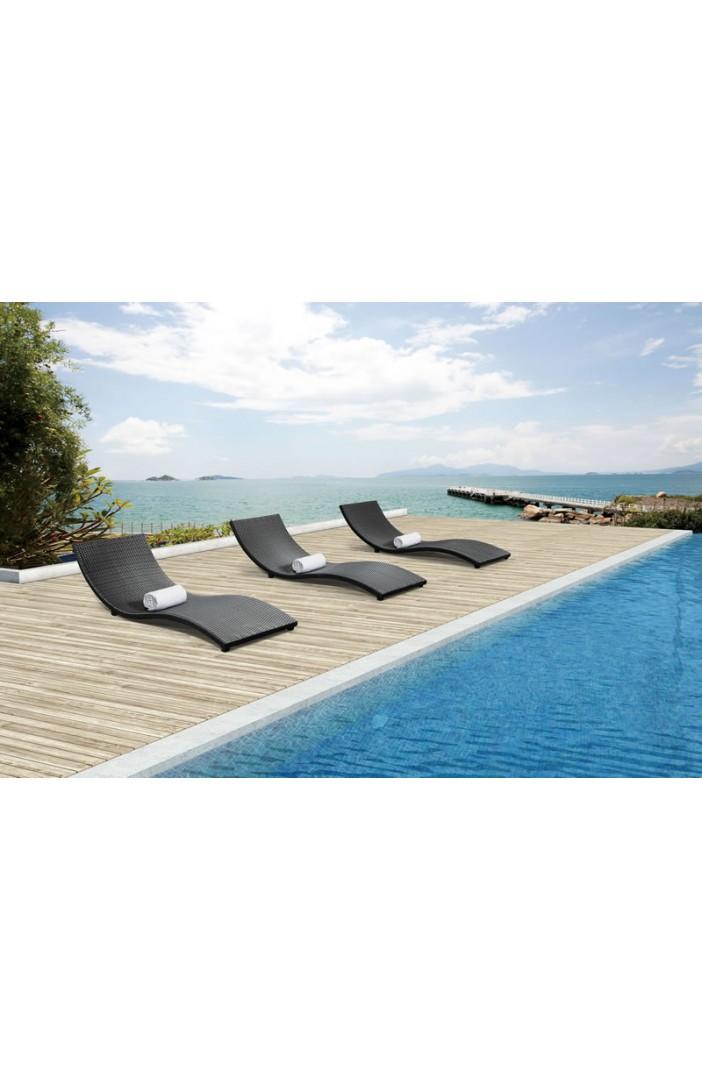 outdoor Zuo sydney lounge.jpg