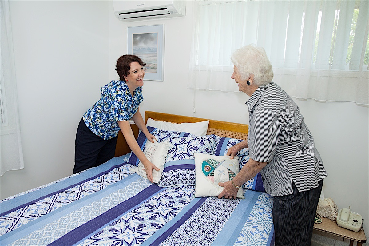 Sundale-in-home-care6.jpg