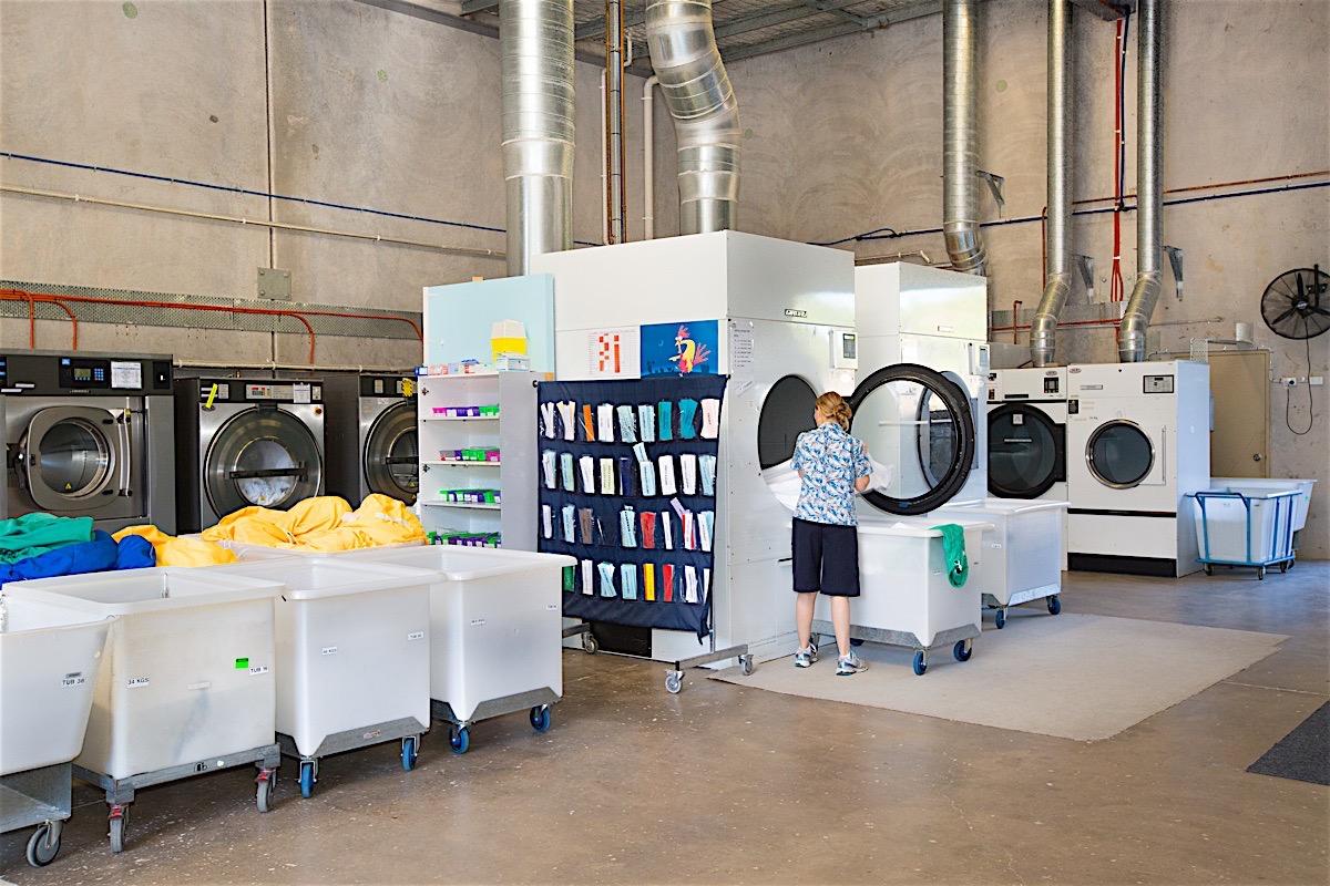 Sundale-laundry6.jpg