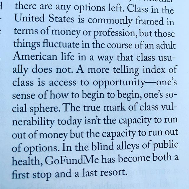 Casually embedded in a great @newyorkermag article about GoFundMe and healthcare in America is this great breakdown of what really are the class markers in America. You know, just some Sunday afternoon park reading 😎 #classinamerica