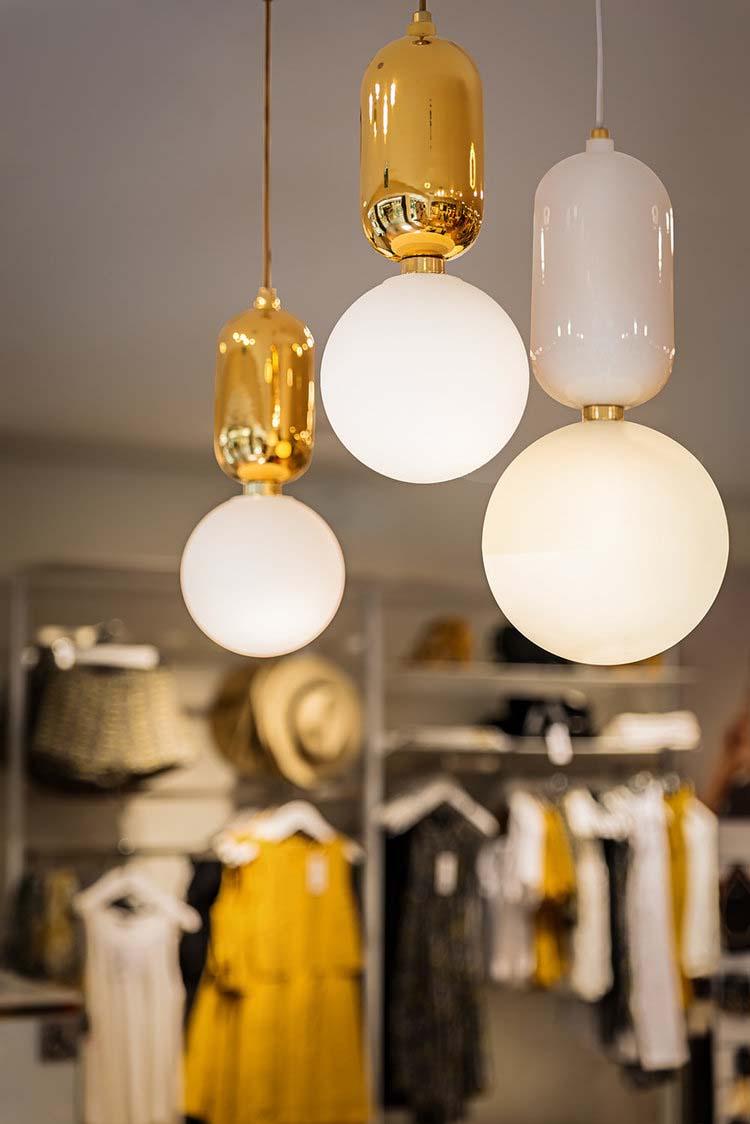 Lampe Parachilna pour Etam Paris