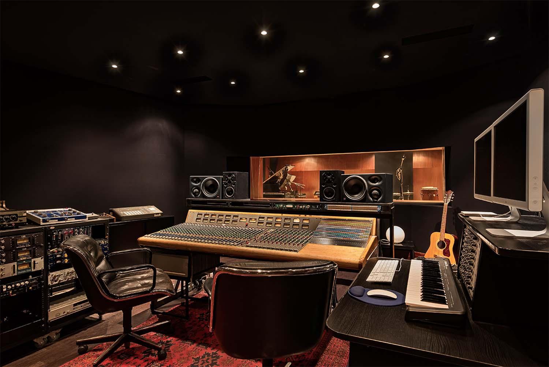 Studio Atlas - Air