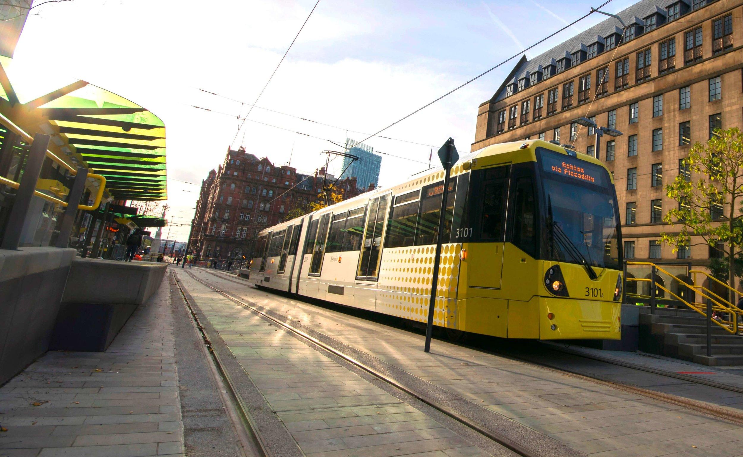Metrolink_2CC_St_Peter_s_Square_stop.jpg