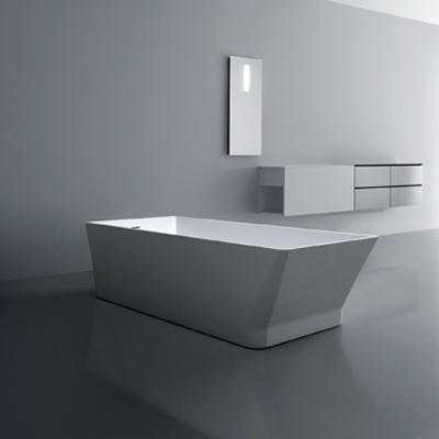 Et Vakkert badekar med raffinerte linjer og essensielle, sjenerøse former som innbyr til en avslappet atmosfære. l: 1750/2000 b: 760/800 h: 480/500 CM