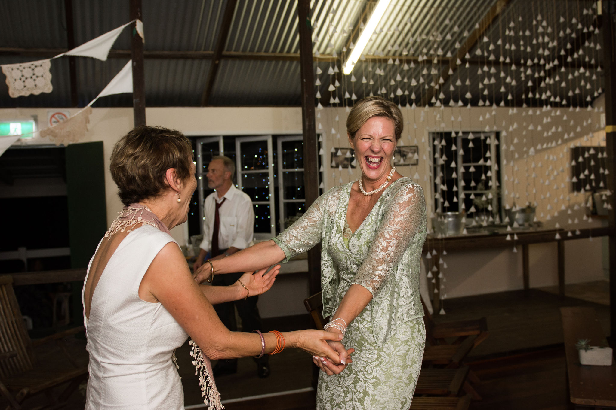 small wedding photography byron bay