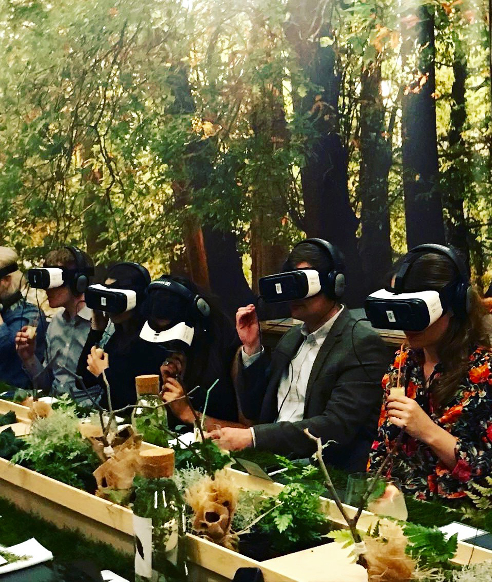 incredible dining experience in VR.jpg
