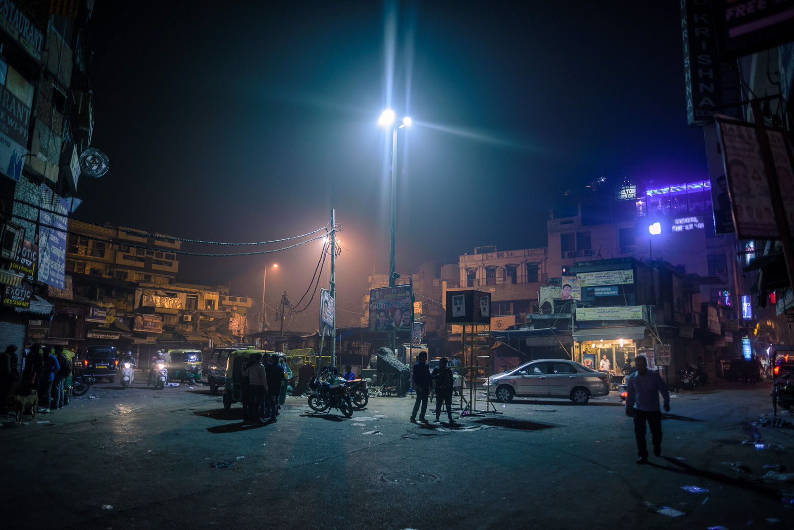 Main Bazar, New Delhi. Chaotic, dirty and noisy, but when night comes, it's a completely different scenario. Suddenly became a futuristic, imaginary world.