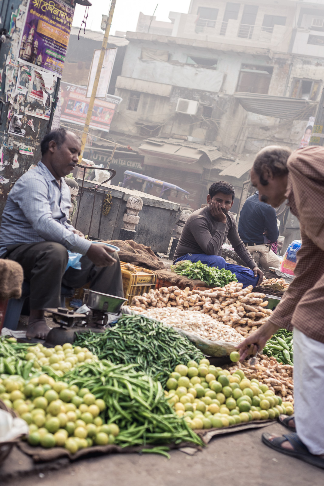 "Vegetables and fruits market in Paharganj, New Delhi. The smog and pollution are incredibly high in New Delhi but it doesn't stop local markets from showing their ""fresh"" products."