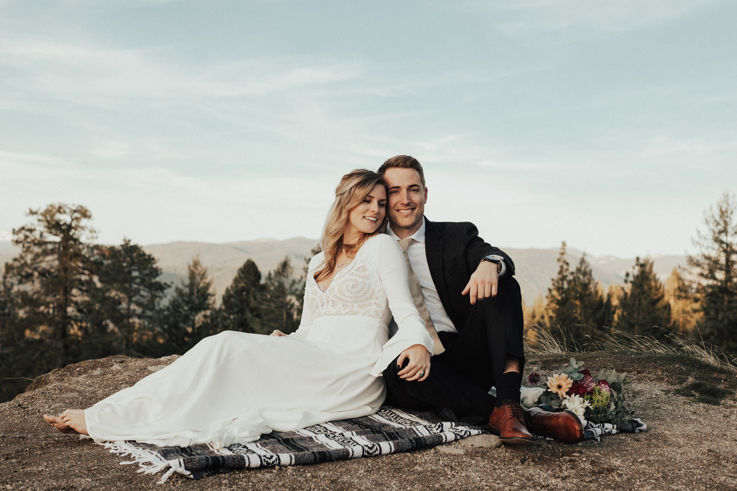 Intimate wedding photographer Sacramento