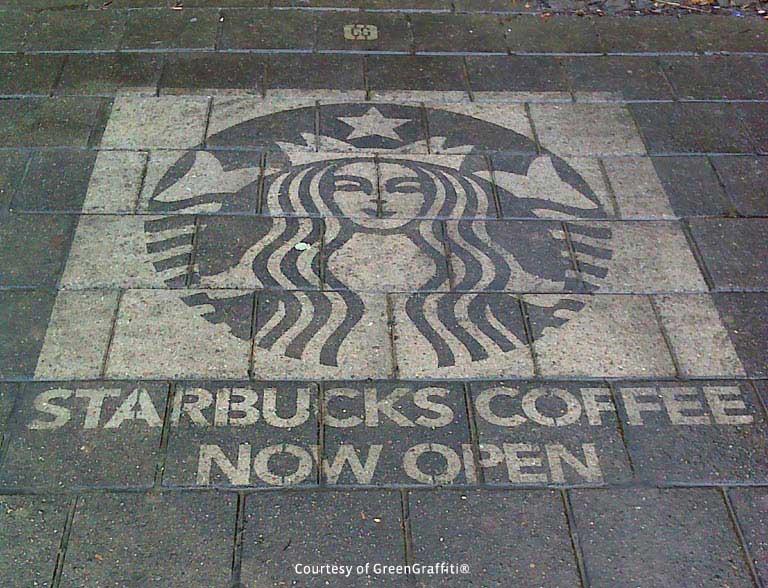 Starbucks uses clean advertising in Amsterdam