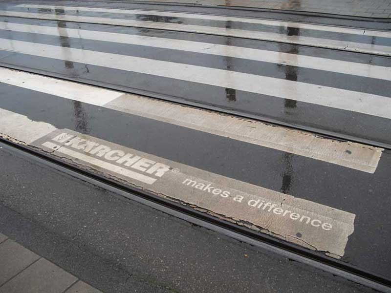 karcher-reverse-graffiti-cleaned-advertising-Rai-venueJPG.JPG