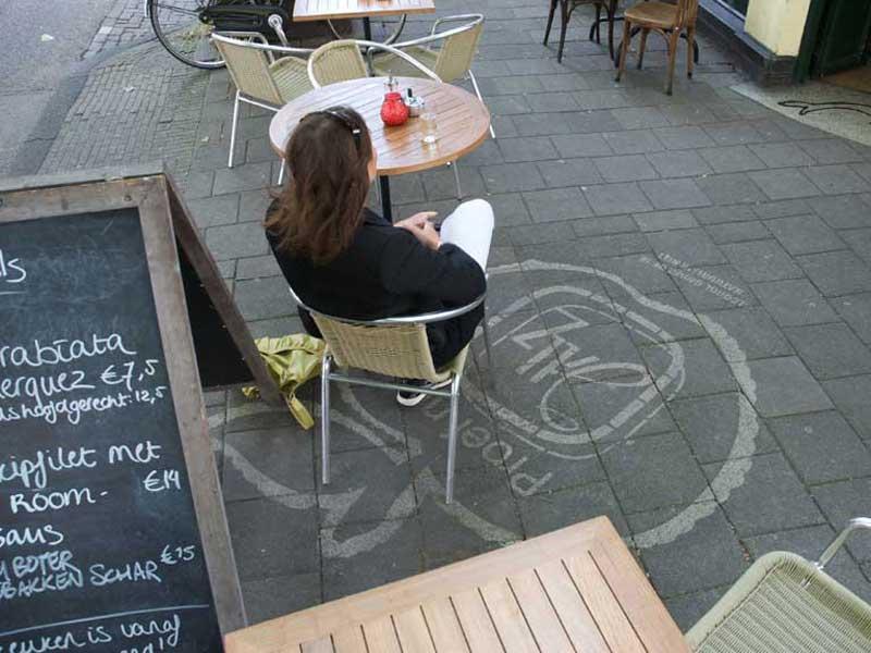 Jillz-reverse-graffiti-advertisment