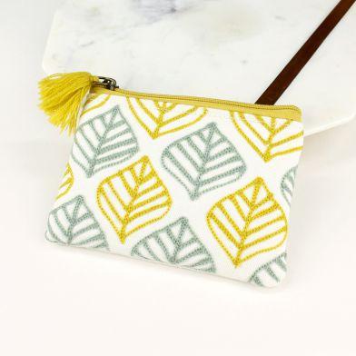 embroidered purse 3.jpg