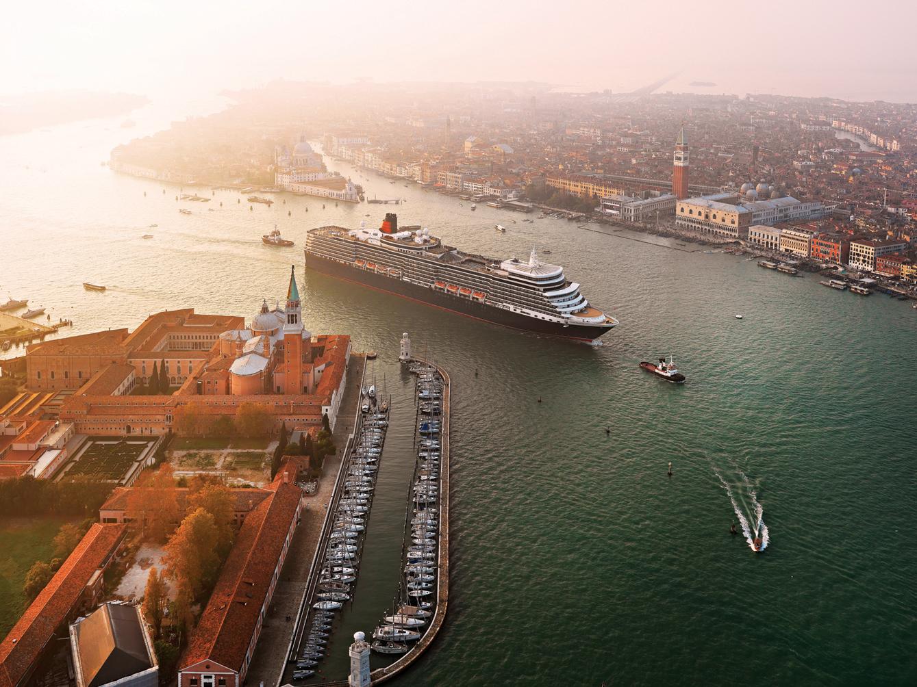 Grand canal QE Venice_3.jpg