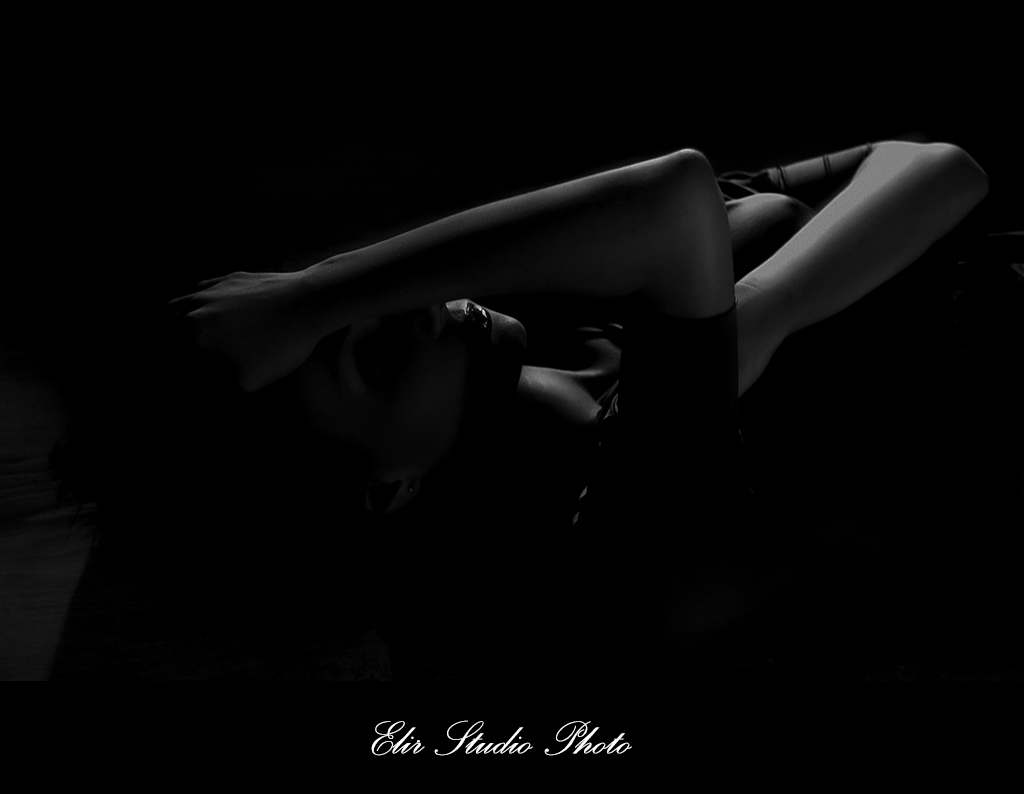 Art portrait_noir & blanc_elir studio photo_01.jpg