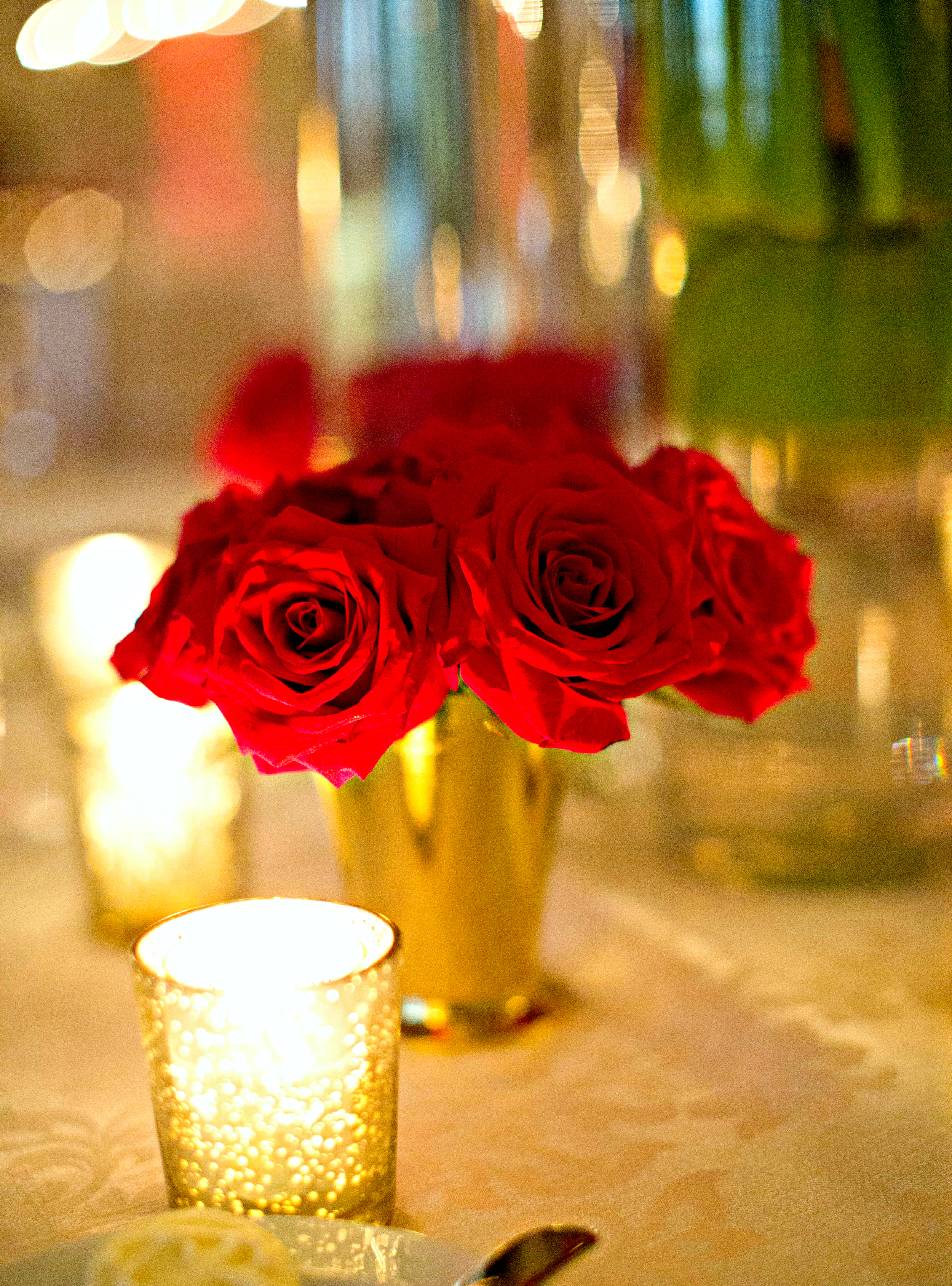 Red and Gold Wedding Details | Breakers West Country Club Wedding