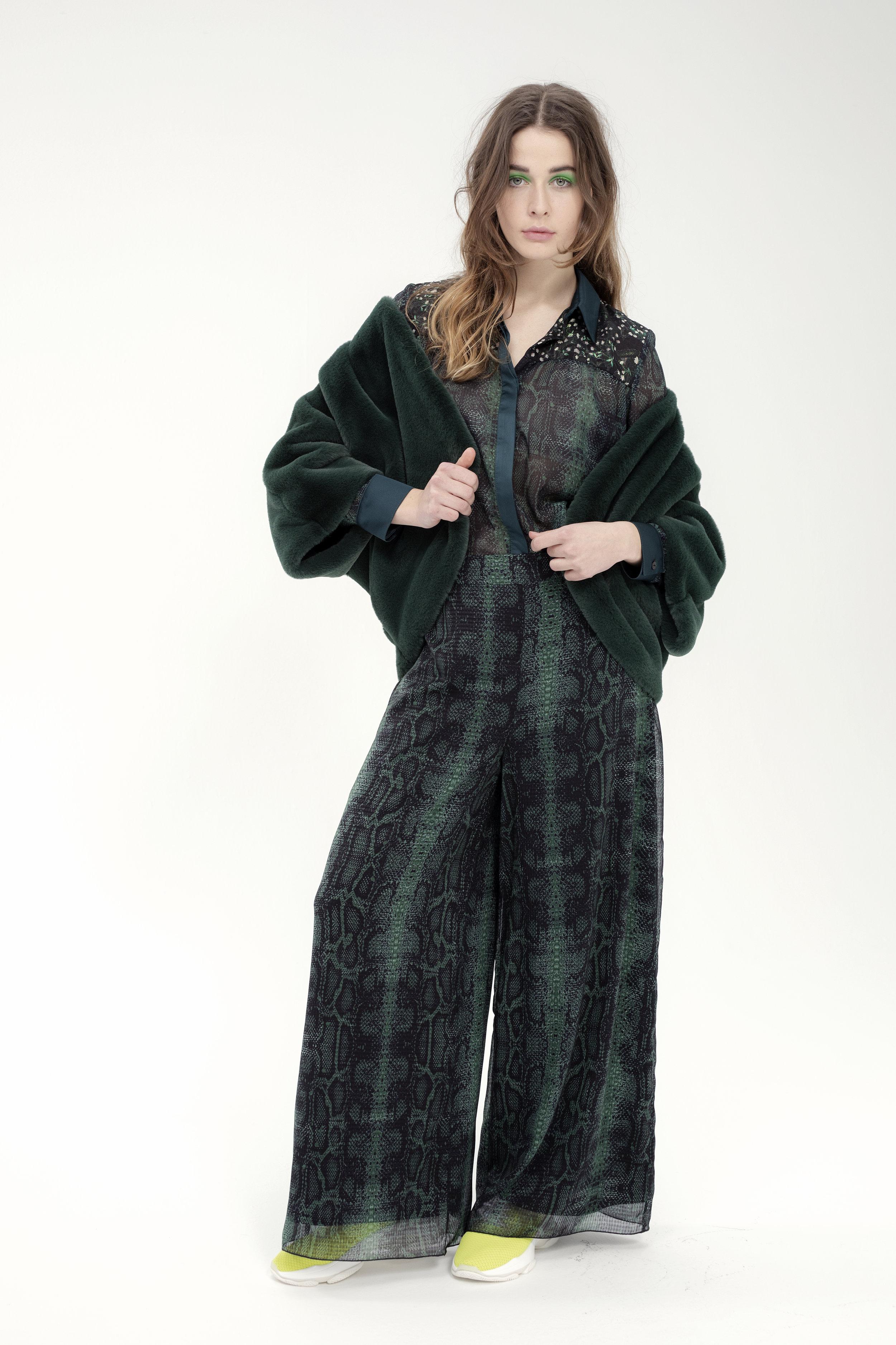 Shirt BREUGEL - serp | Jacket SWEET - soft | Trouser NOUGATINE - serp