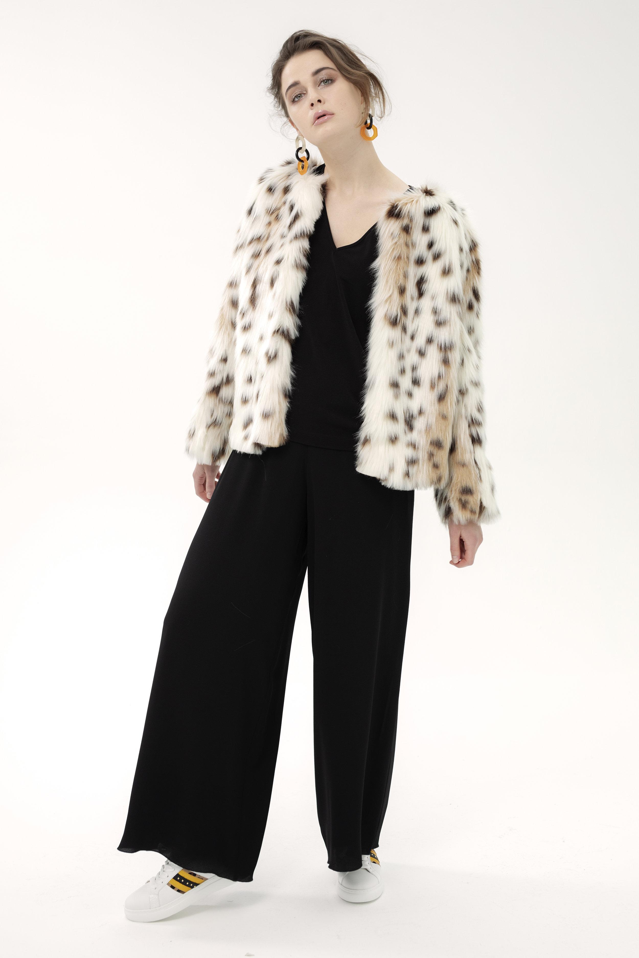 T Shirt MARSEPAN - milva | Jacket BEL - bobcat | Trouser NOUGATINE - crepe