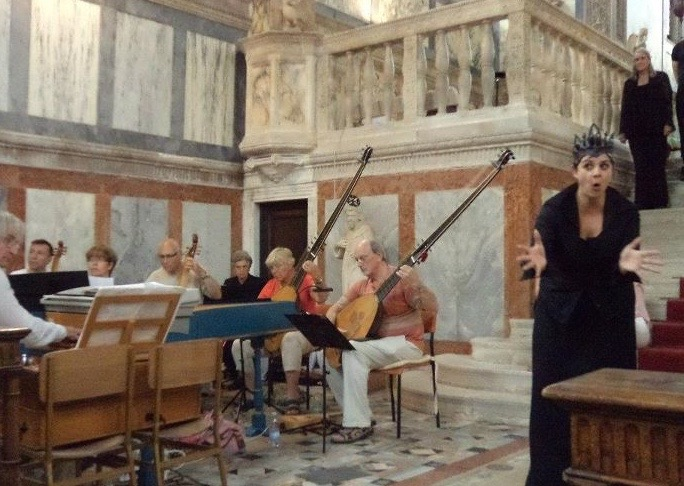 singing Consiglio in Venice 'Anima & Corpo'
