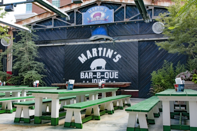 Bar-B-Que Downtown Nashville