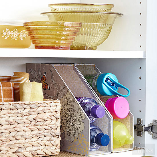 See other great ways to use magazine holders here!