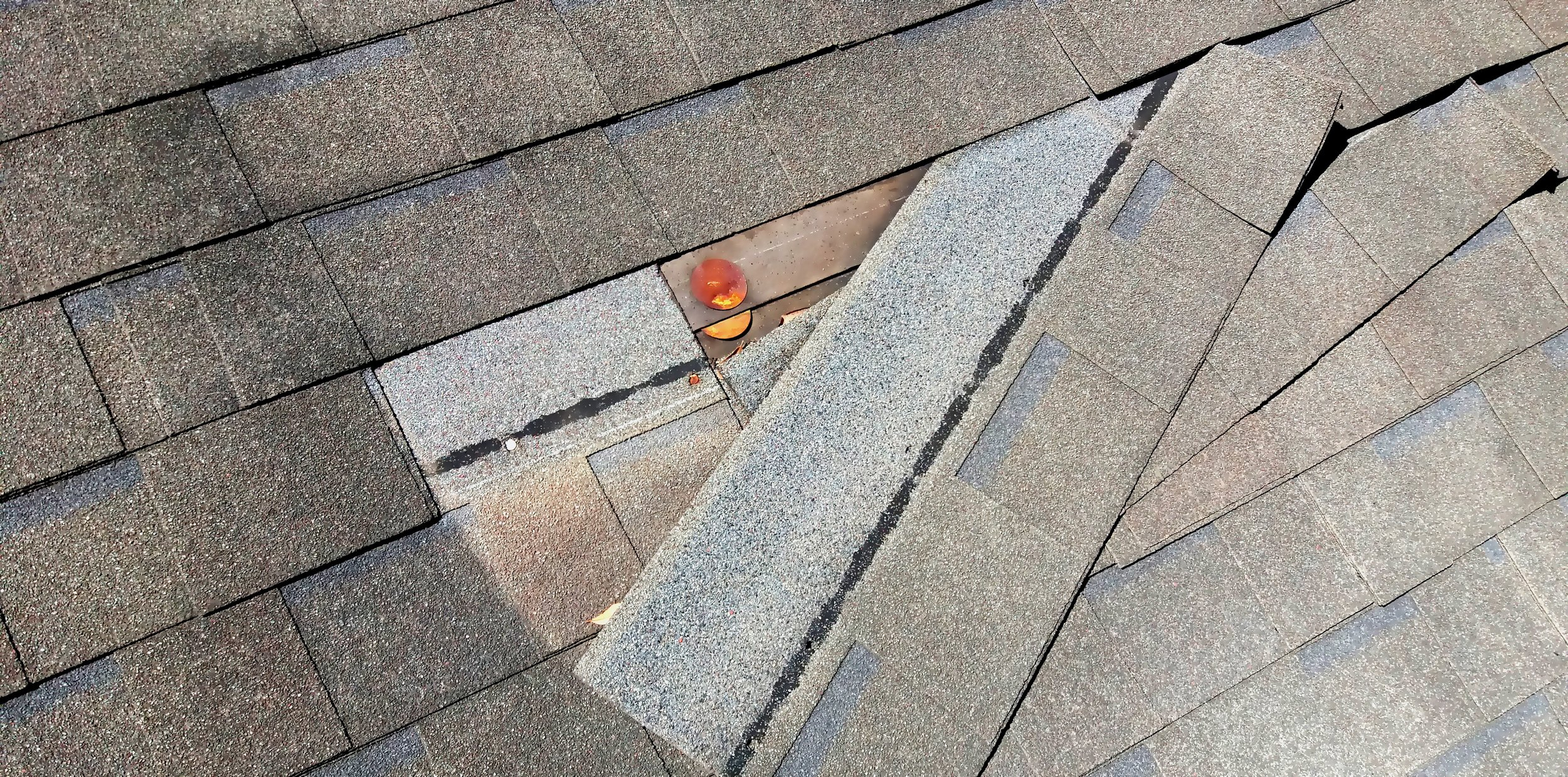 roof-roof-repair-roofer-674668.jpg