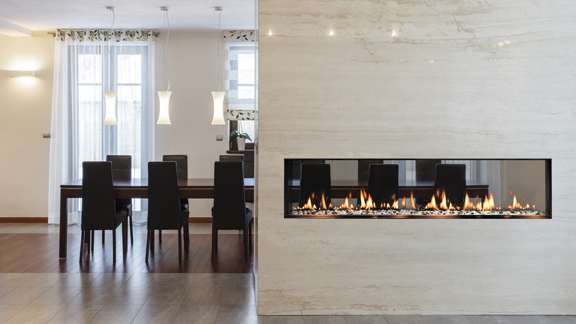 SÓLAS Fires  SÓLAS gas fireplaces feature outstanding radiant heat, simple operation and a soothing fire effect. Learn more about the style, quality and technology behind SÓLAS gas fireplaces.