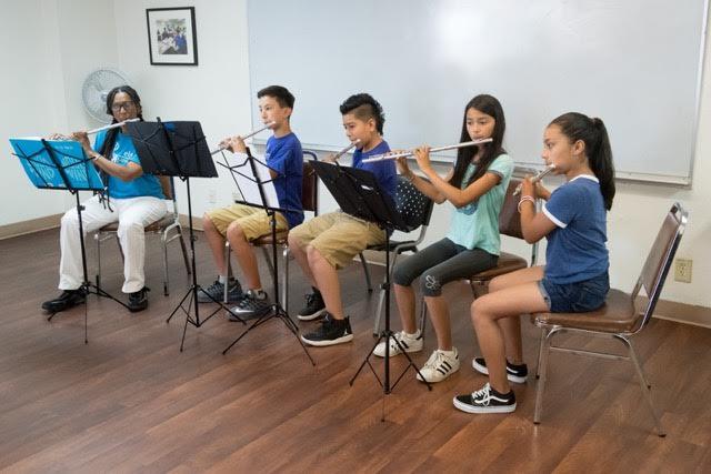 ELM New wind instrument students program
