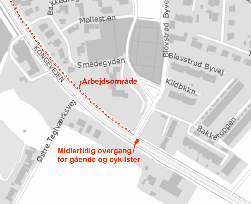 Formanden fra entreprenørfirmaet Barslund A/S påpeger, at det er væsentligt, at den midlertidige overgangen bliver placeret så tæt påBlovstrød Byvej som muligt .  Plantegning: NIRAS - Rød tekst/markeringer: AOB