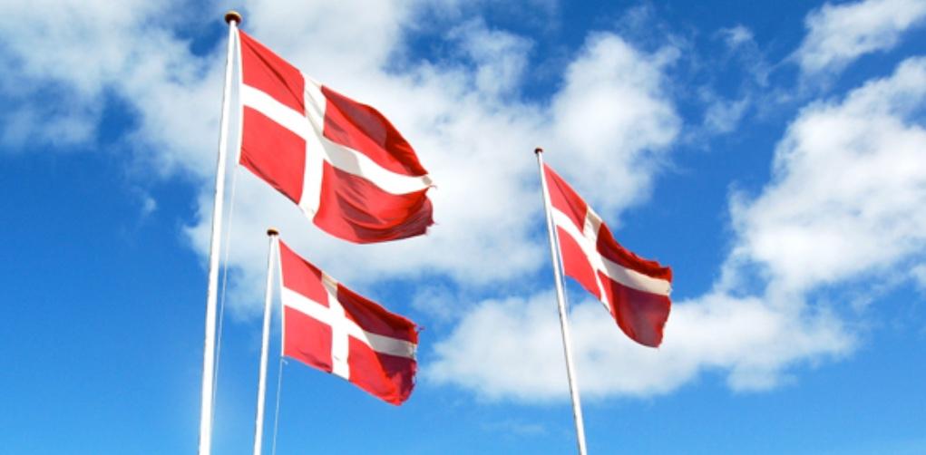 I dag - den 5. juni - hejser vi flagene pga.vores 10-års jubilæum. Foto: AOB