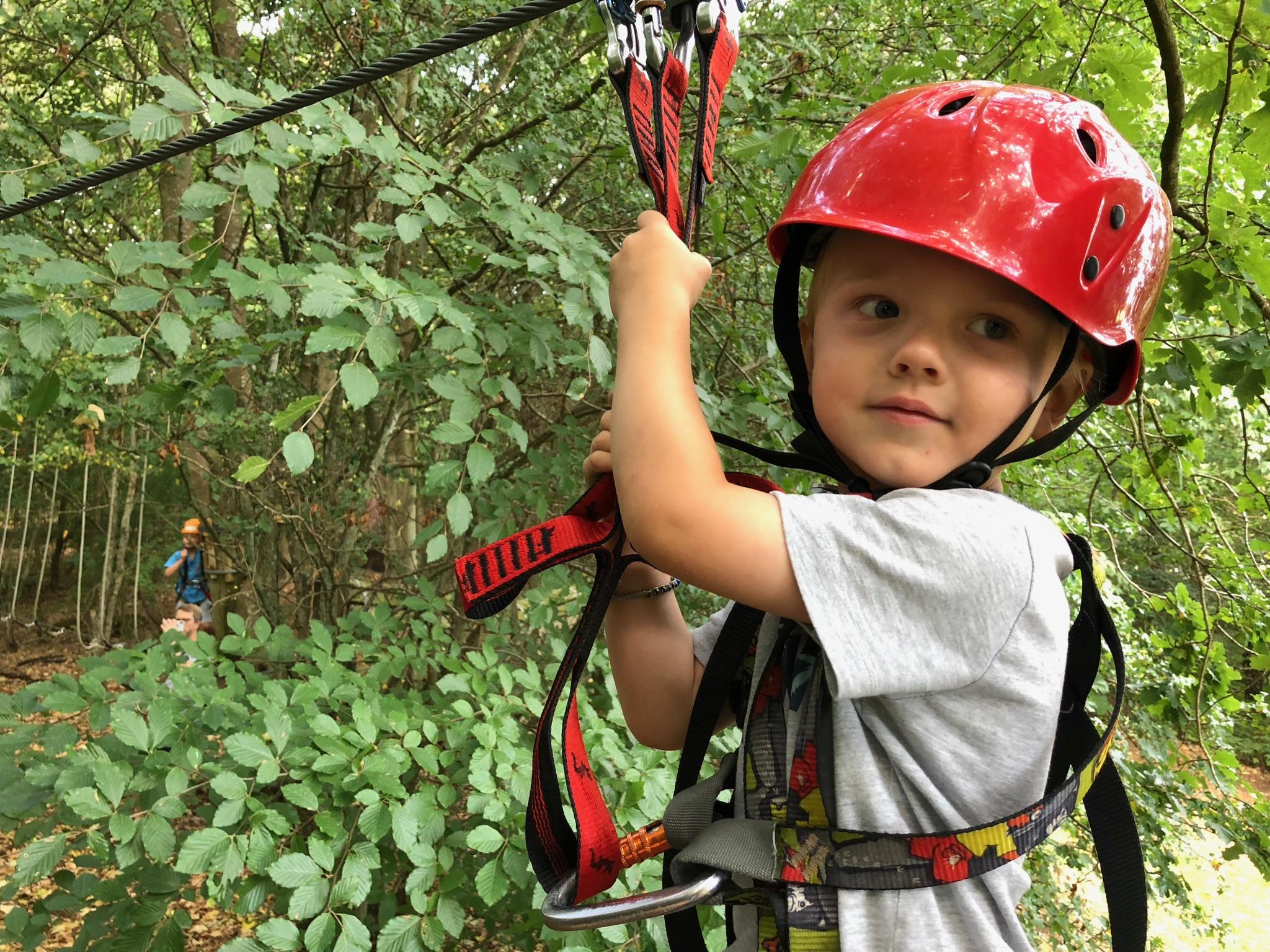 En sej gut, som nu skal prøve svævebanen i skoven. Foto: Stine Nyberg