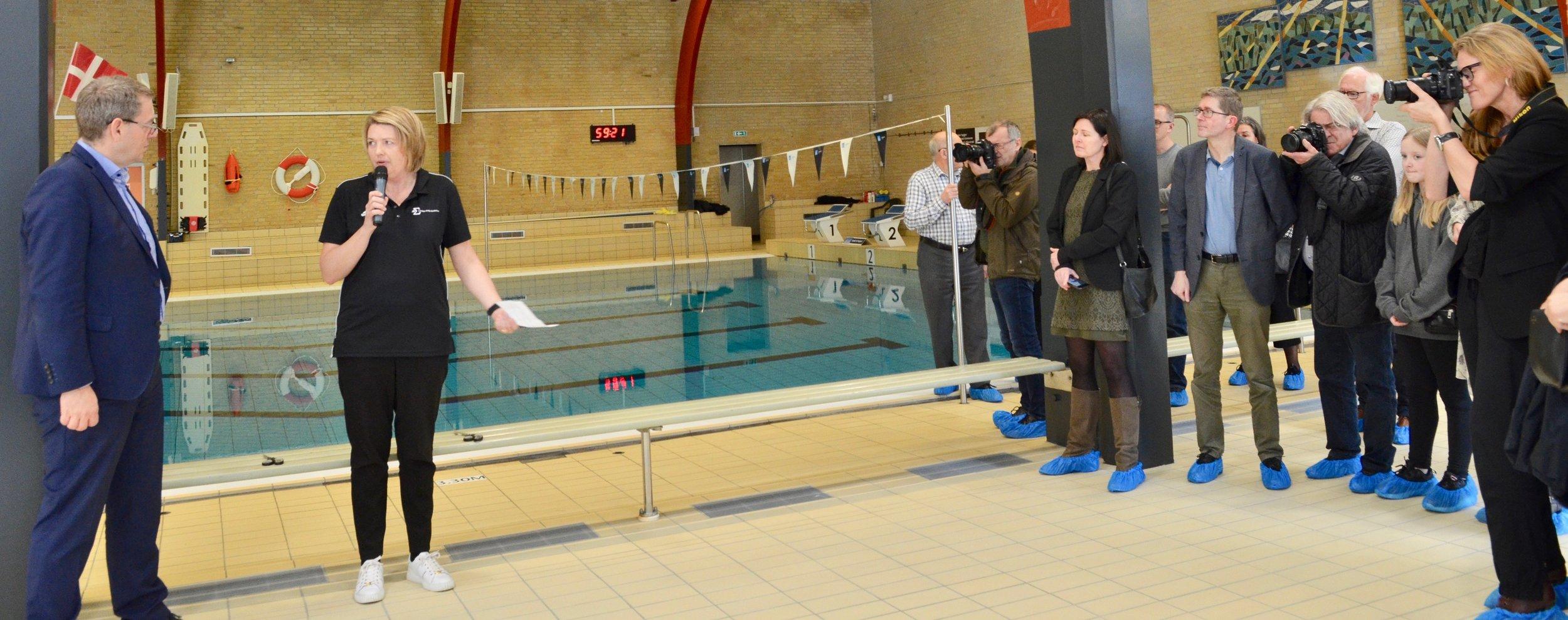 "Louise Krag Andersen: ""Vi føler næsten, at vi har fået en ny svømmehal."" Foto: AOB"