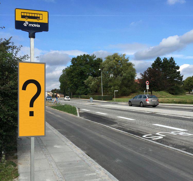 For tiden er der ingen ruteplaner ved busstoppestederne. Illustration: AOB