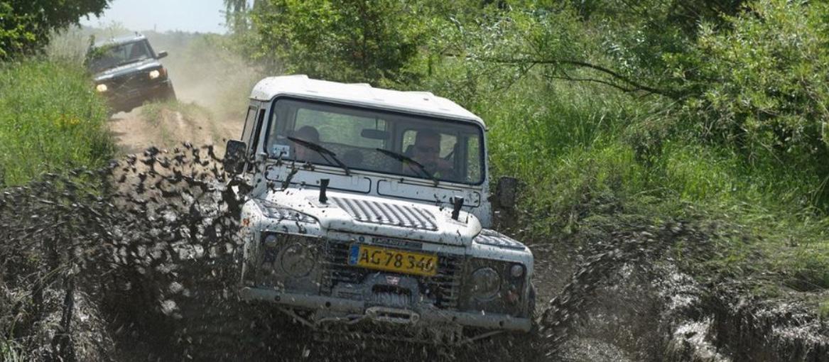 Dansk Land Rover Klub har i de senere år oplevet stigende interesse for dette pusterum for de syge børn og deres familier. I år venter man op imod 800 gæster. Foto: Dansk Land Rover Klub
