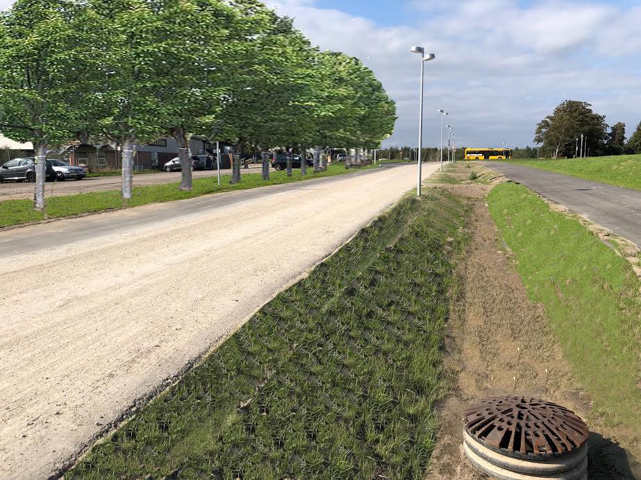 Sådan forstiller AOB, at det færdige vejanlæg ved Teglværk Allé   komme til at tage sig ud, når træerne er plantet og har vokset sig store. Mellem kørebanen og stien kommer der ingen træer, som oprindeligt planlagt. Der bliver i stedet etableret en grøn opsamlingsgrøft for regnvandet. Manipulation: AOB