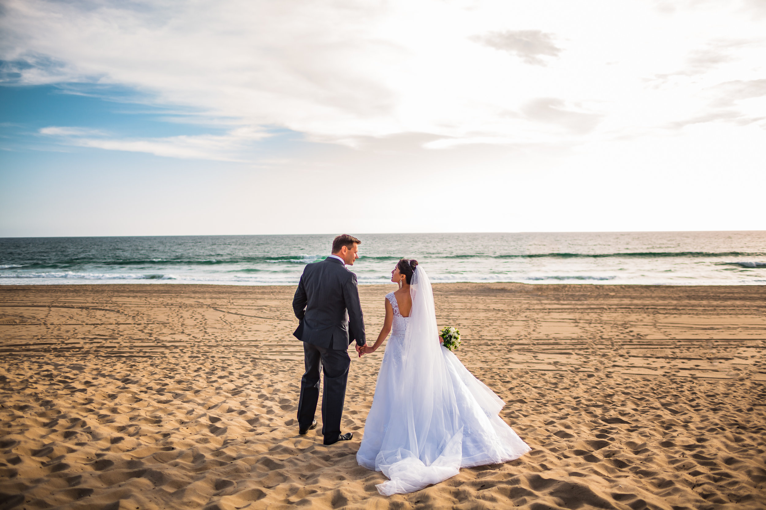 Manhattan Beach wedding-0010.jpg