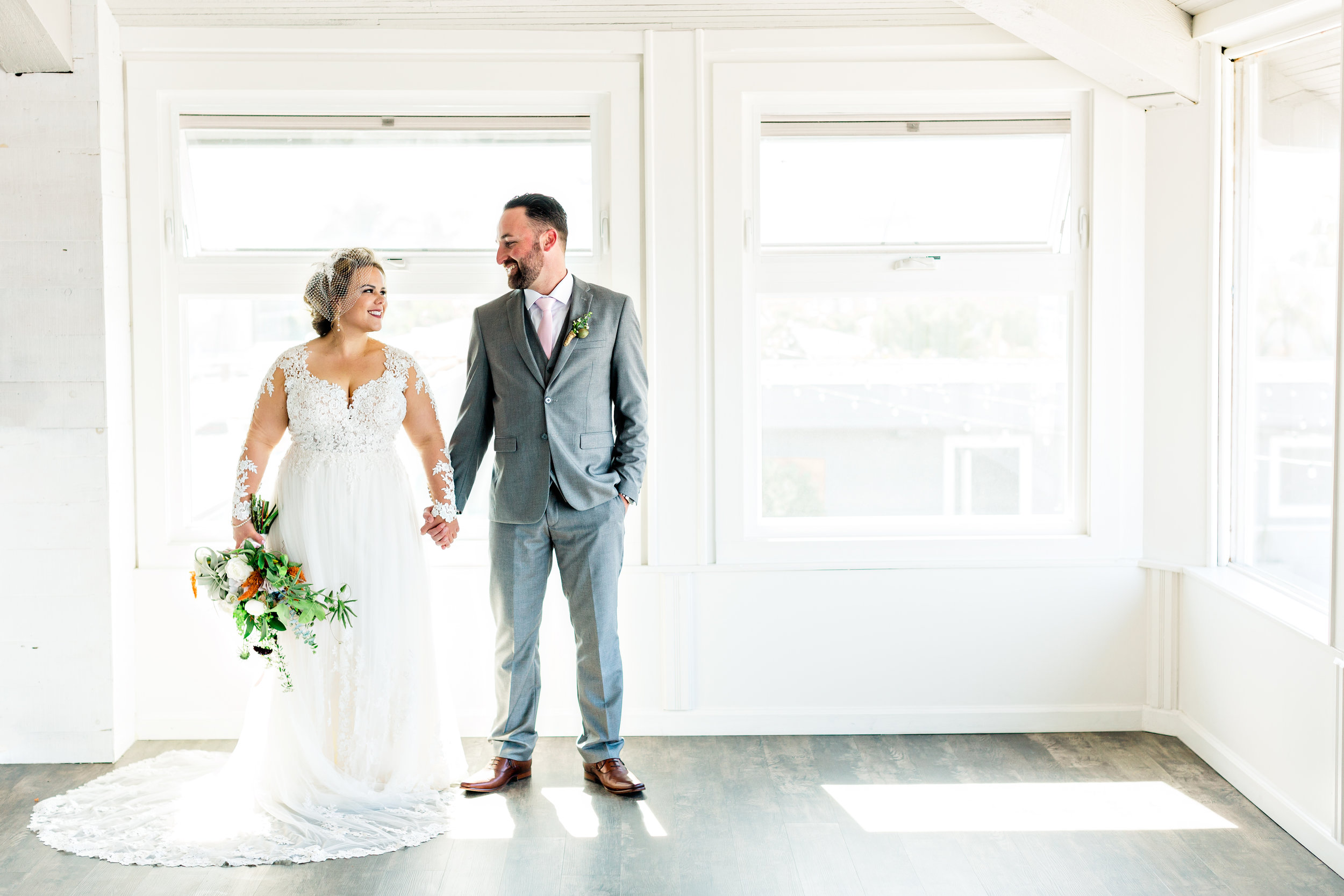 Huntington_Beach_Bay_Club_Wedding_Photography-0008.jpg